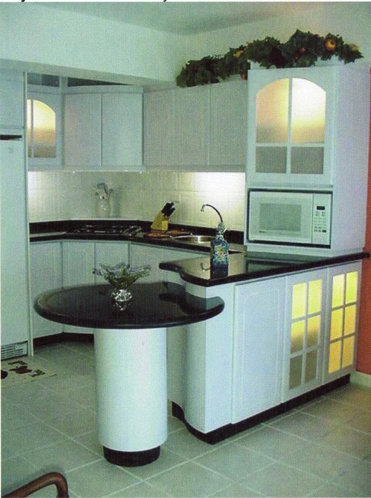 Remodelaciones de Cocinas. Integrando la Cocina a la Sala - Comedor. Una manera de agrandar el espacio y lograr más iluminación. Por: t-remodela (4/5)