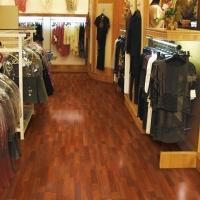 Pisos laminados de madera para Locales comerciales y Oficinas o consultorios. Instalación rápida